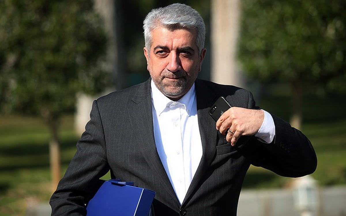 وزیر نیرو: ارز مورد نیاز خرید واکسن کرونا از محل مطالبات ایران از عراق پرداخت میشود