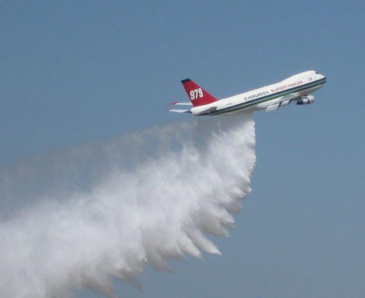 دستکاری آبوهوا از طریق بارورسازی ابرها در چین به چه صورت انجام میگیرد