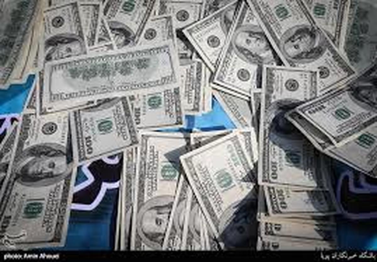 سرقت   |    40میلیاردی ارز قاچاق از یک اتوبوس در کردستان کشف شد