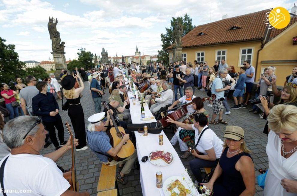 جشن شادباش پایان ویروس کرونا در جمهوری چک