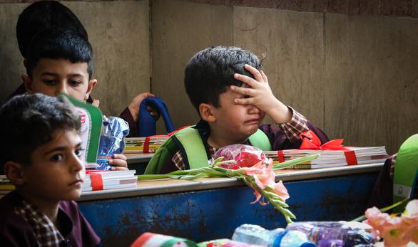 اشکها و لبخندهای روز اول مدرسه در جنوب تهران