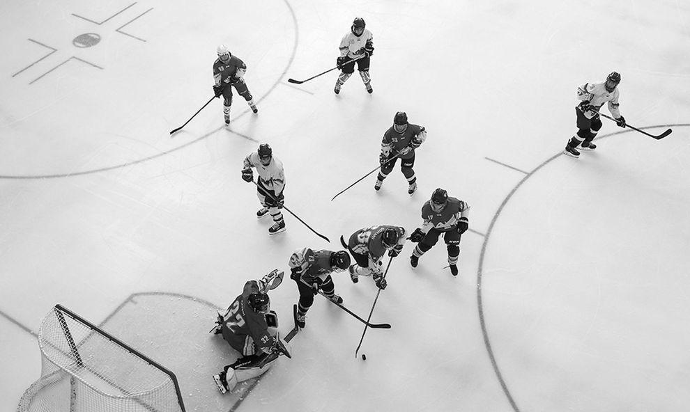 ورزش|  برگزاری مسابقات هاکی روی یخ بانوان +عکس