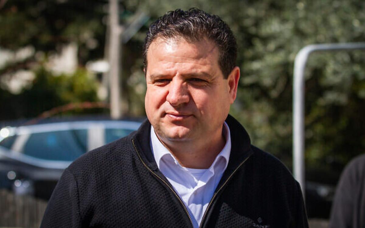نماینده پارلمان اسراییل  |  اشغالگری اسراییل و نه ایران مشکل اصلی منطقه است