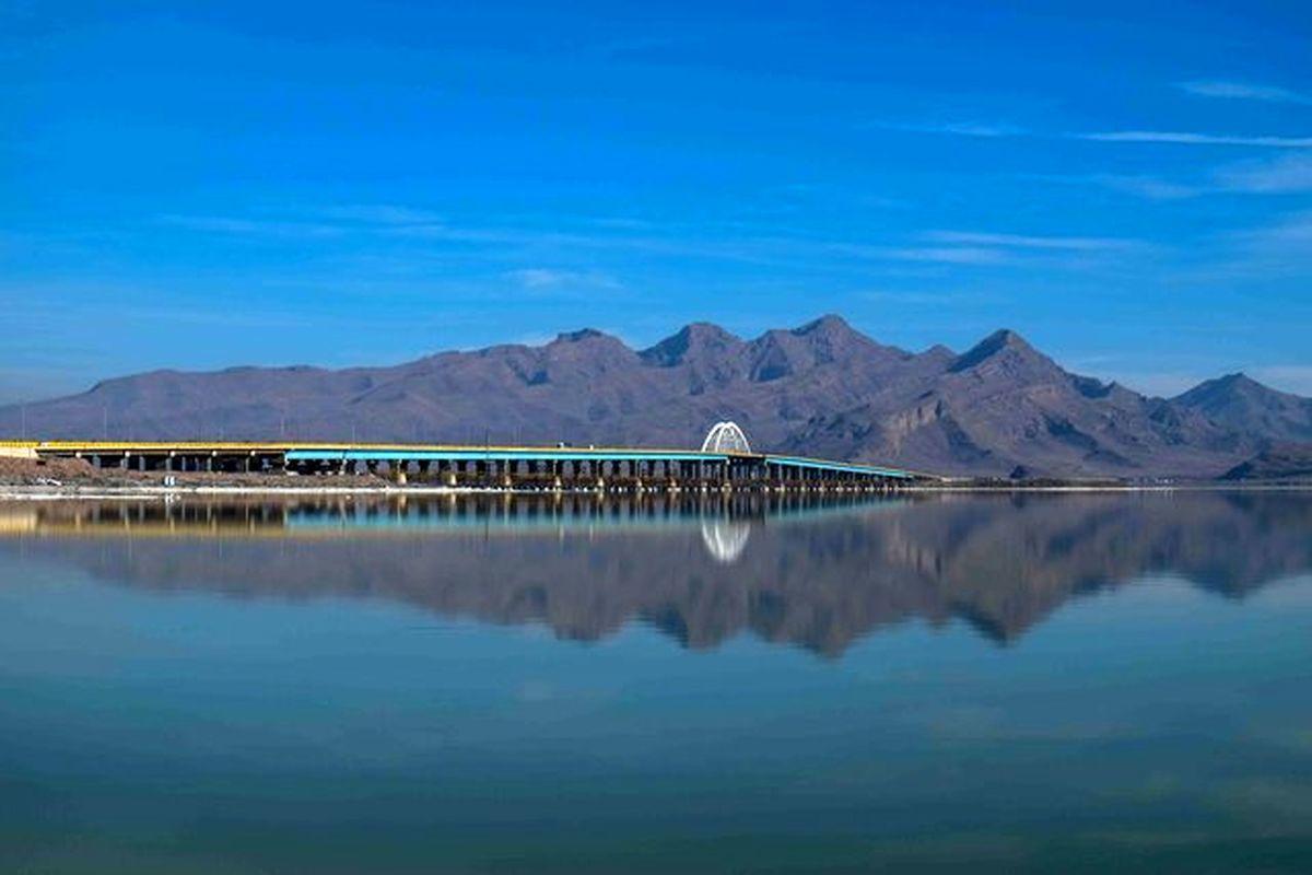 دریاچه ارومیه بازهم کوچکتر شد
