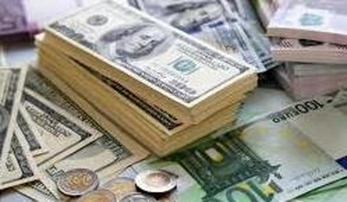 نرخ خرید و فروش دلار و یورو در صرافیهای بانکی