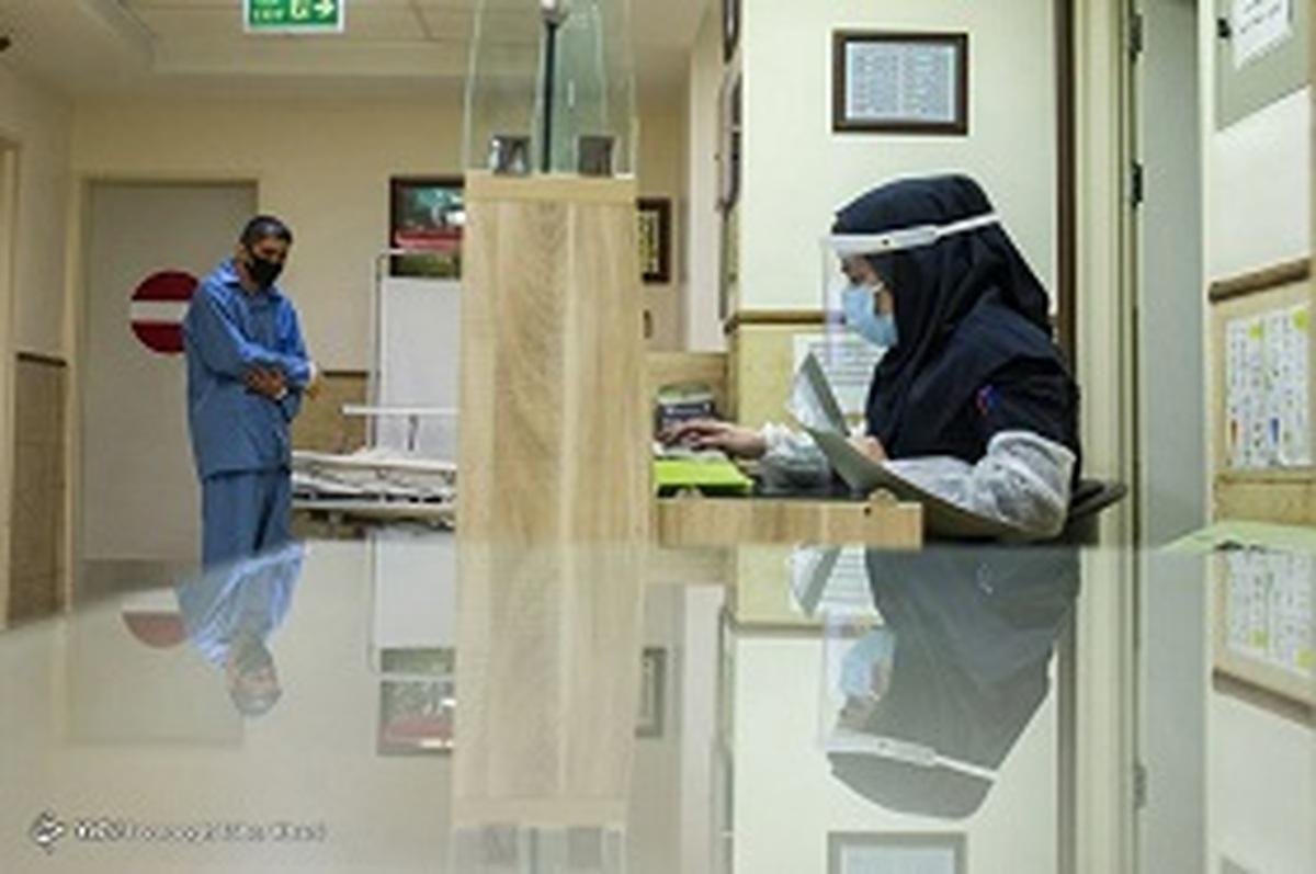 مینو محرز   |   ورودی بیمارستانها افزایش پیدا کرده است