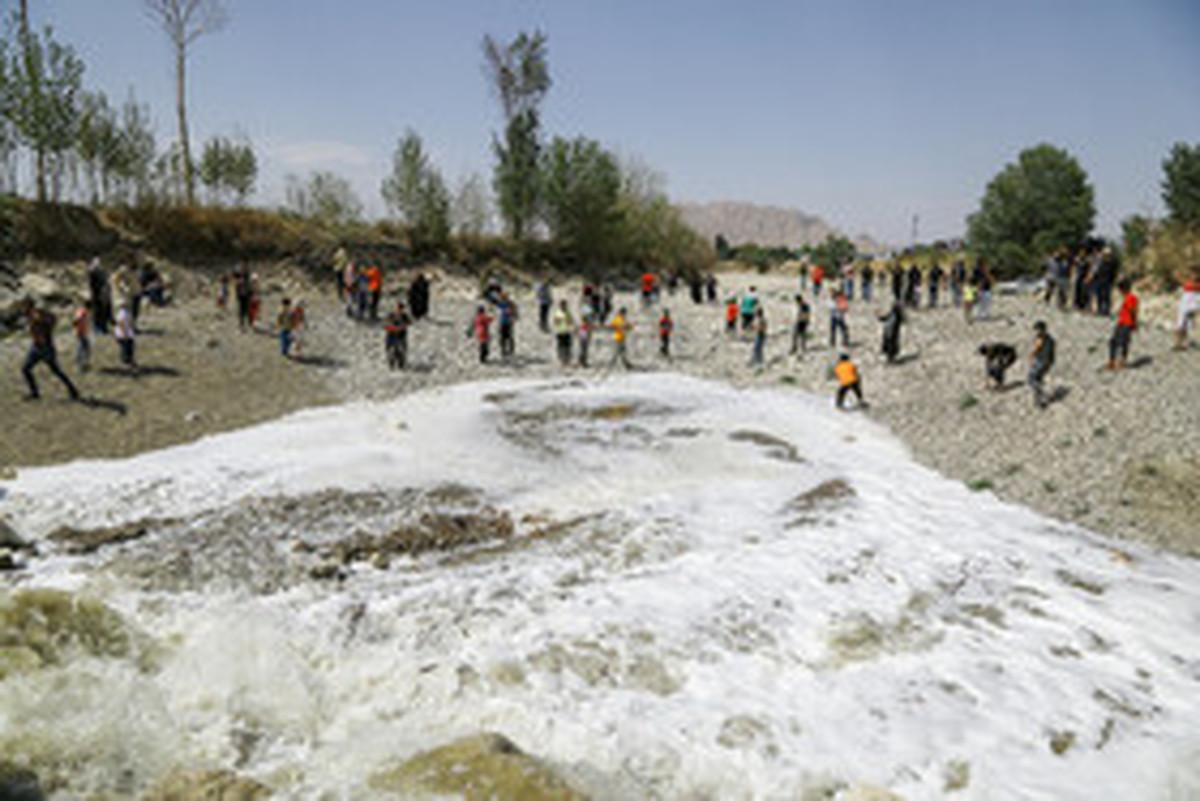 خروجی آب سد زاینده رود افزایش یافت