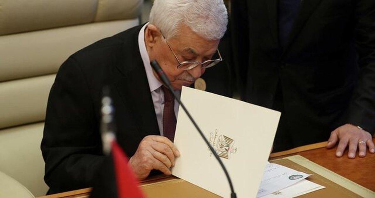 منابع اسرائیلی: محمود عباس جواب تلفن وزیر خارجه آمریکا را نداد