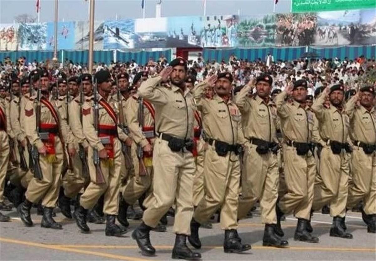 ارتش پاکستان: عملیات حصارکشی مرزها با ایران را با سرعت ادامه میدهیم
