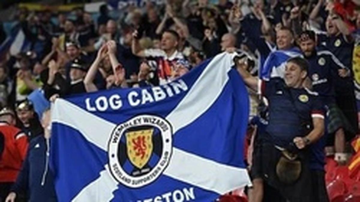2 هزار تماشاگر اسکاتلندی به کرونا مبتلا شدند