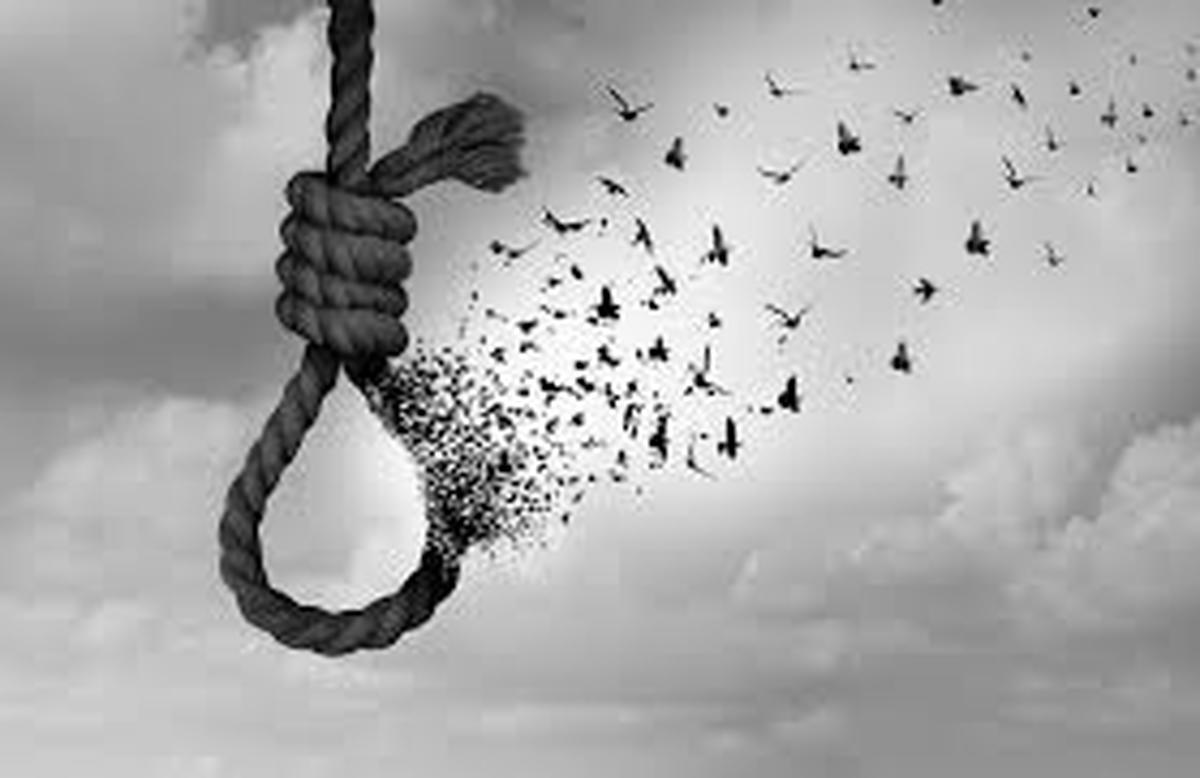 افراد بیکار و افراد مصرف کننده مواد مخدر یا الکل بیشتردست به خودکشی میزنند
