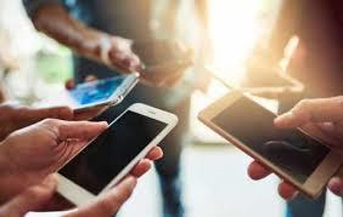 رابطه گوشیهای هوشمند و تشدید سردرد