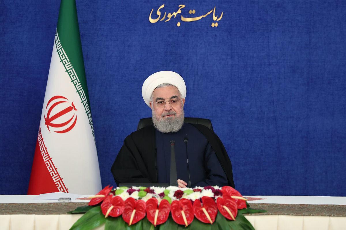 روحانی: باید مراقب باشیم دوماه پایانی سال موج چهارم کرونا شکل نگیرد
