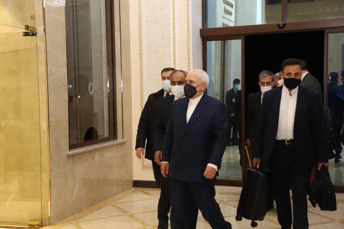 محمد جواد ظریف وارد تاجیکستان شد