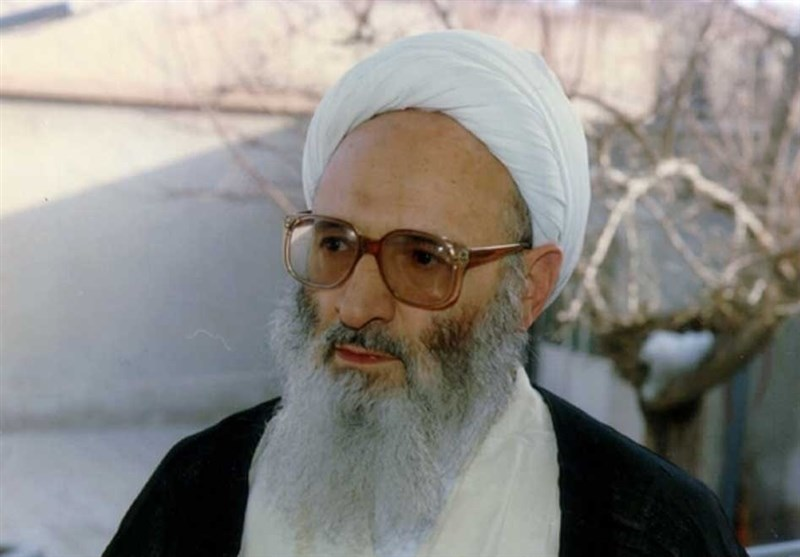 پیکر علامه حسنزاده آملی صبح سهشنبه به خاک سپرده میشود