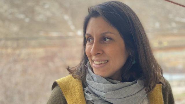 همسر نازنین زاغری قصد دارد در مرکز لندن در چادر سپری کند + عکس