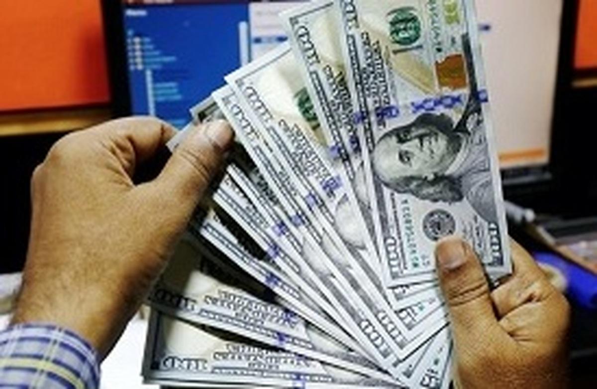 دلار| فیروزی: مجلس به موضوع افزایش قیمت ارز و کالاها ورود میکند