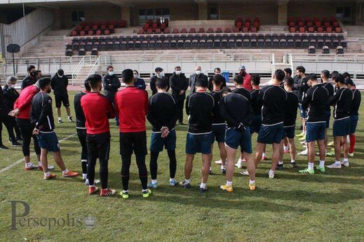 علی انصاریان | باشگاه پرسپولیس: فردا با لباس سفید و بازوبند مشکی به میدان میرود