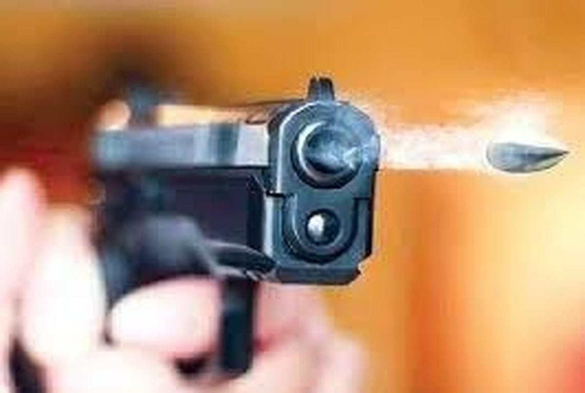 تیراندازی     افراد مسلح ناشناس ۳ نفر را در فنوج به قتل رساندند