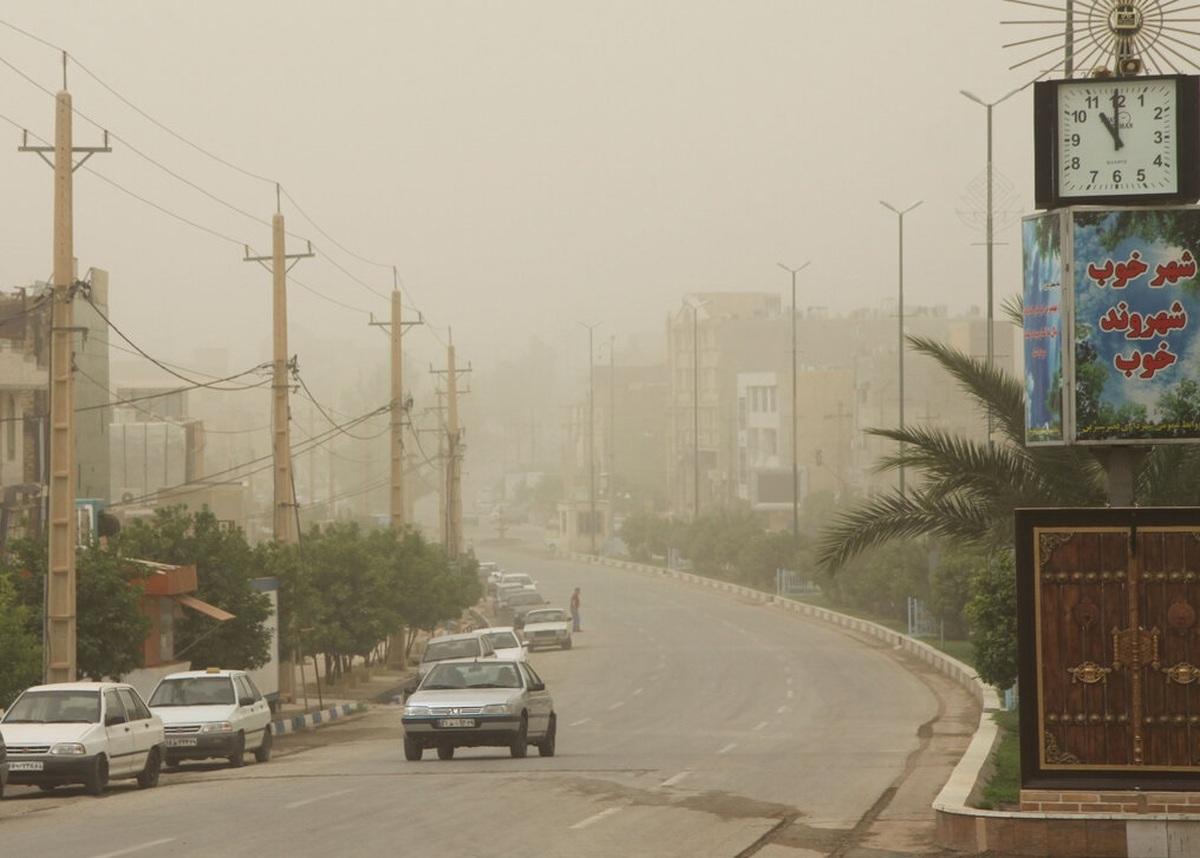 غلظت غبار و آلودگی هوا در زاهدان به ۴۴ برابر حد مجاز رسید