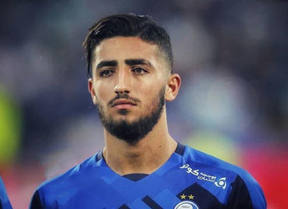 یک مهاجم ایرانی بهترین بازیکن فصل زویا شد
