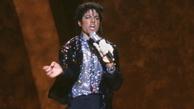 چرا مایکل جکسون همیشه یک دستکش دست میکرد؟ + عکس