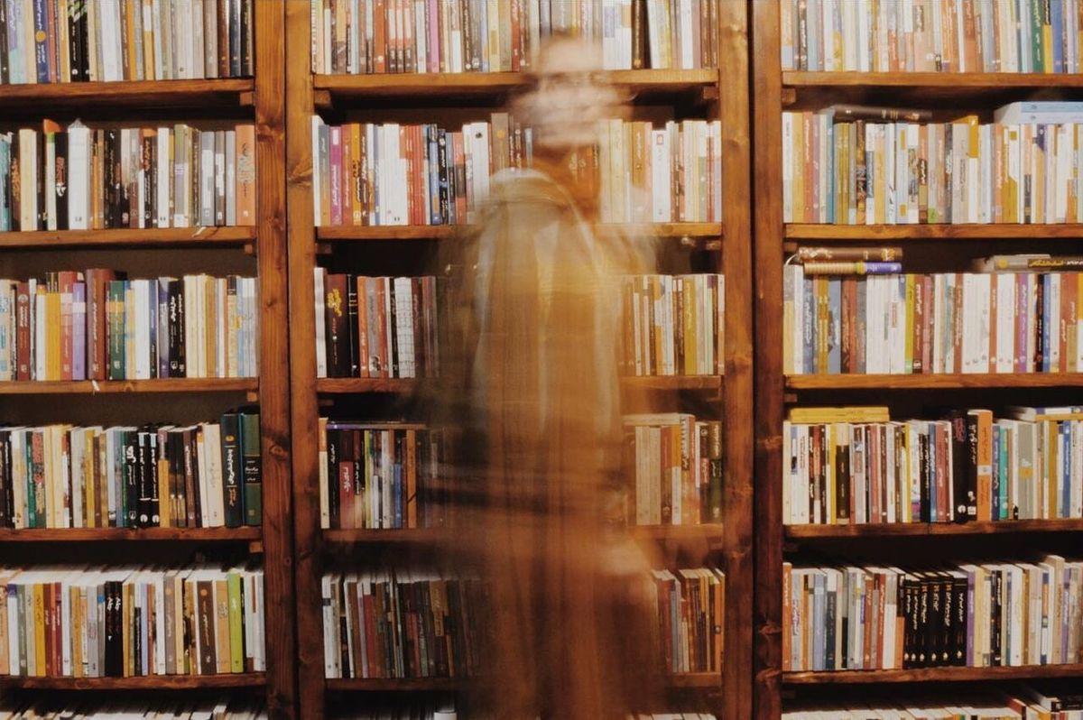 یک کتابفروشی دیگر در آستانه تبدیل شدن به فست فود