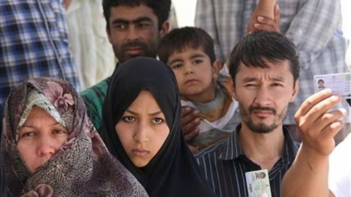 آم کاظم، مهاجرِ افغانستانی مصلحآباد