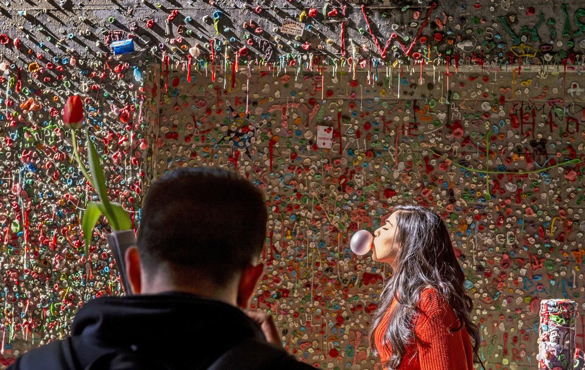 ویدئو : «دیوار آدامس» سیاتل؛ از زبالهدانی تا اثری هنری