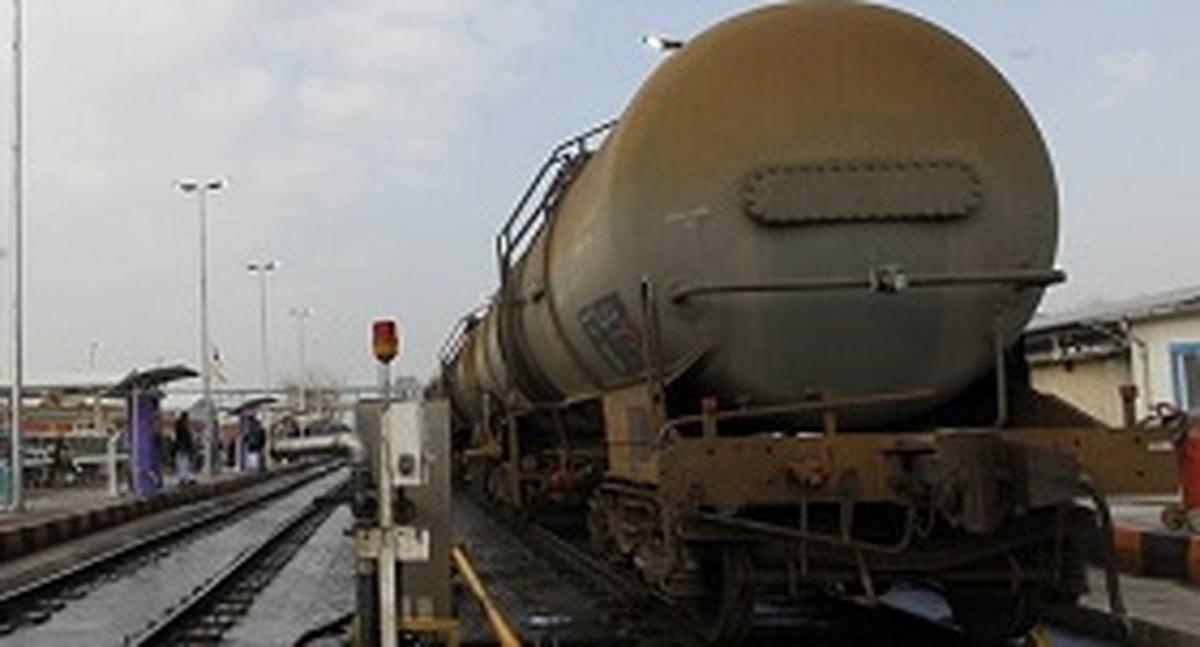 قاچاق روزانه 7 میلیون لیتر سوخت به همسایگان شرقی و غربی