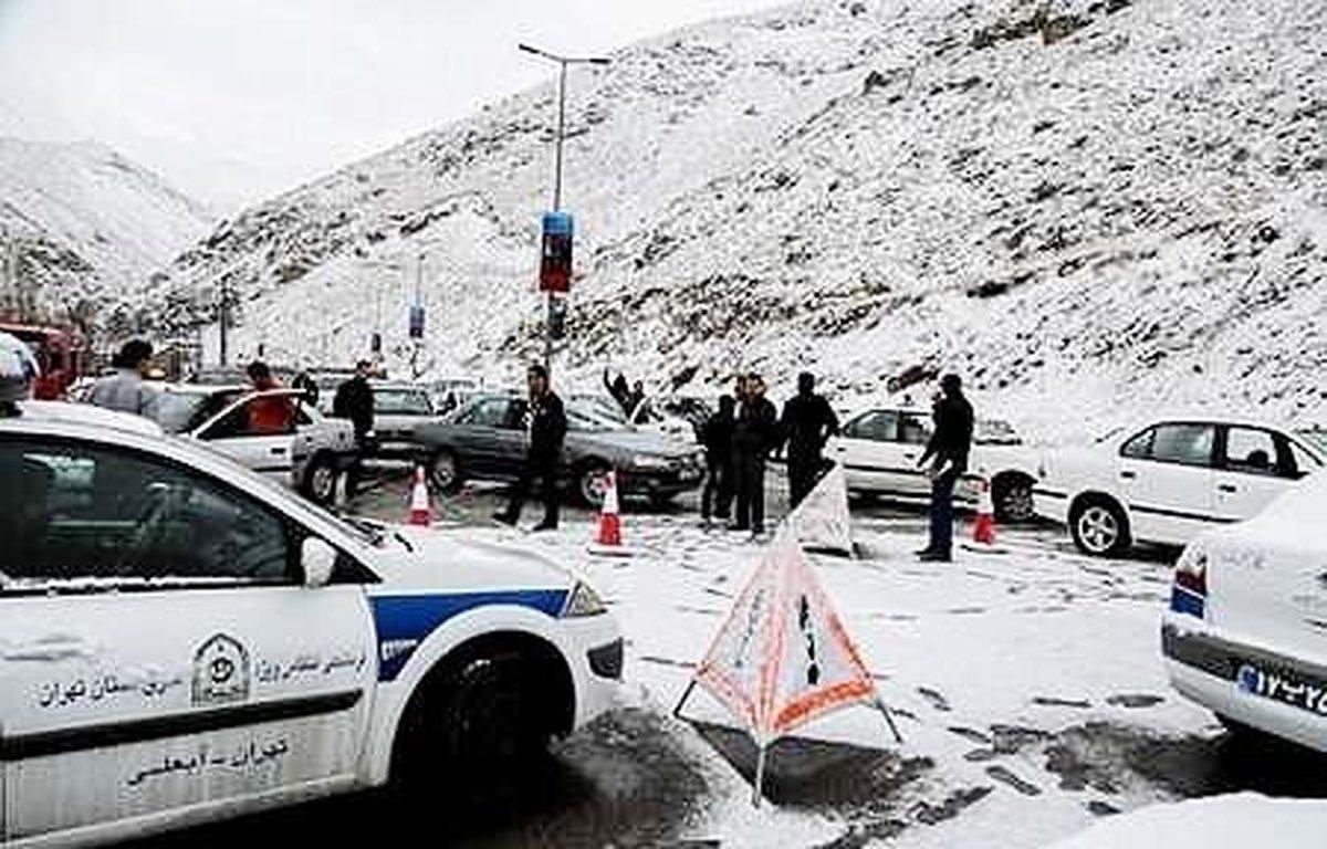 تردد خودروها در محورهای کوهستانی فقط با زنجیر چرخ مجاز است