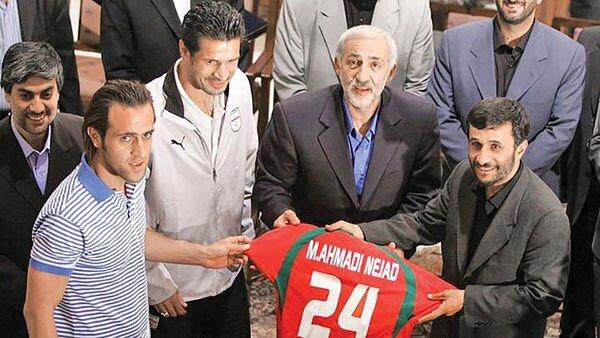 آیا اداره فوتبال ایران در دست فوتبالیهاست؟