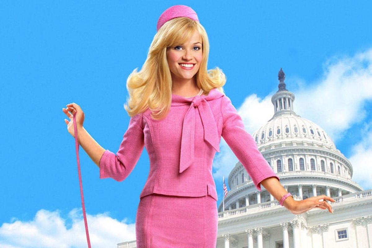 نویسندگان فیلم Legally Blonde 3  میندی کالینگ و دن گور خواهند بود