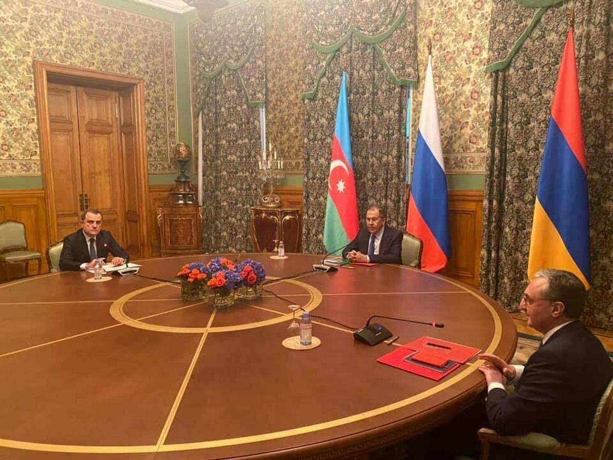 نشست وزیران امور خارجه روسیه، ارمنستان و جمهوری آذربایجان در قره باغ برگزار شد.