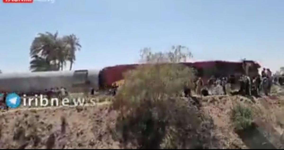 برخورد دو قطار در استان سوهاج مصر دستکم ۶۰ زخمی بر جای گذاشت + ویدئو