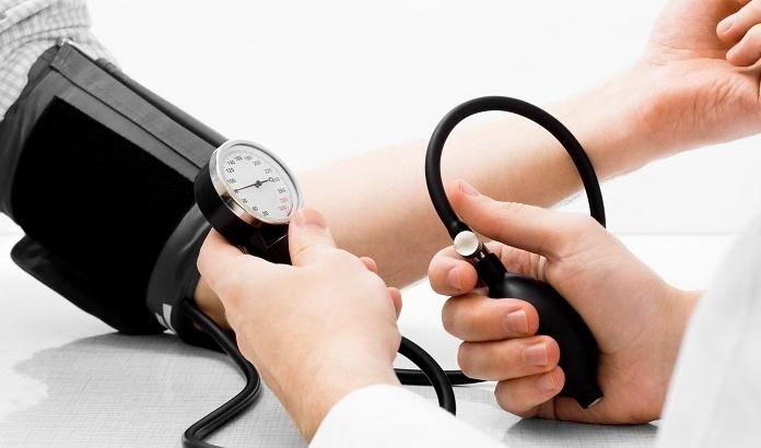 کاهش فشار خون ریسک حمله قلبی را کم می کند