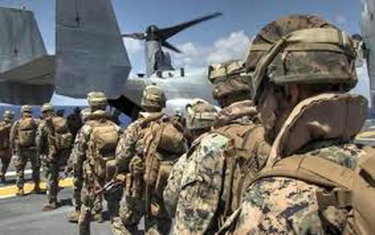 عراق     خروج نخستین گروه نظامیان آمریکایی آغاز شد