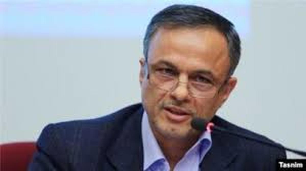 وزیر صنعت با انحصار و قیمتگذاری دستوری خودرو مخالفت کرد