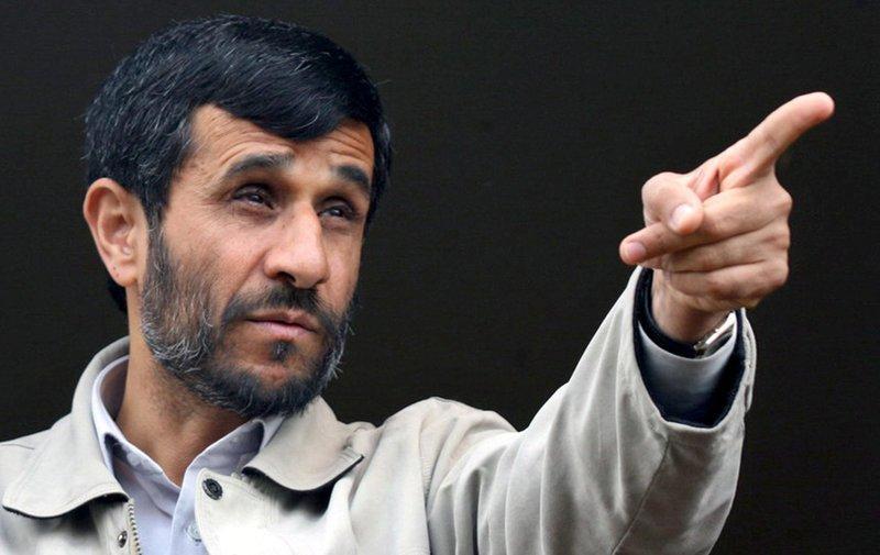 نقش سیاسی و اعتقادی احمدینژاد به زیان جامعۀ ایران است /احمدینژاد سیاستمدار صادق و سالمی نیست