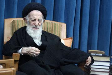 آیت الله شبیری زنجانی بخاطر کرونا قرنطینه شد /درگذشت یک از اعضای دفتر آیتالله