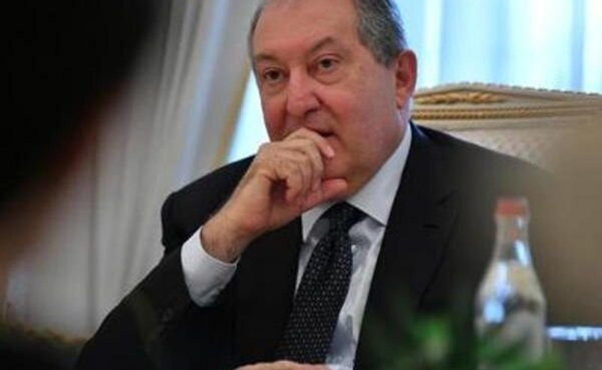 کرونا  |  رئیس جمهوری ارمنستان در قرنطینه به سر میبرد .