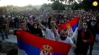درگیری  پلیس صربستان با معترضان به خشونت کشیده شد.
