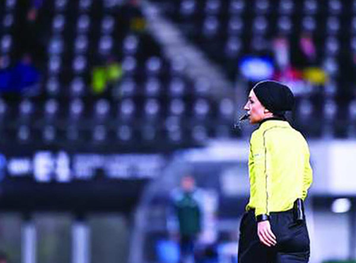 فیفا: دو داور زن ایرانی کاندیدای حضور در جام جهانی فوتبال زنان