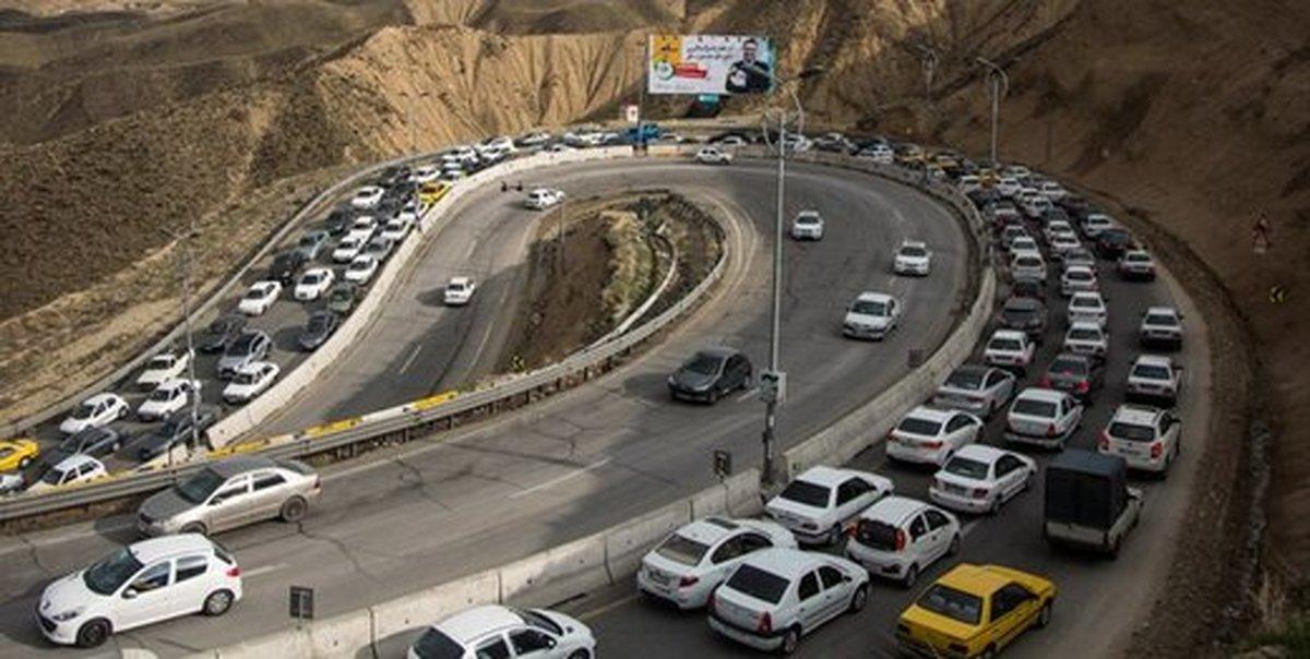 ترافیک سنگین در جادههای چالوس و هراز