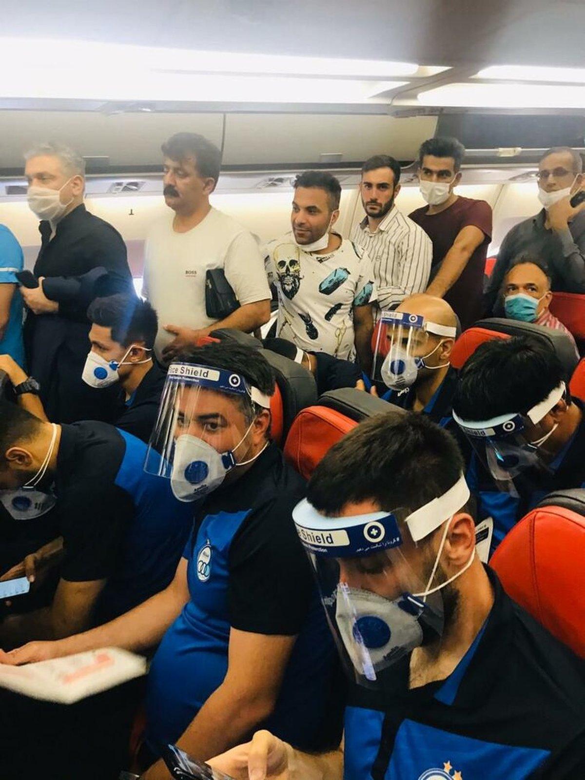 تیم فوتبال استقلال   تصویری باورنکردنی از ازدحام در پرواز استقلالیها