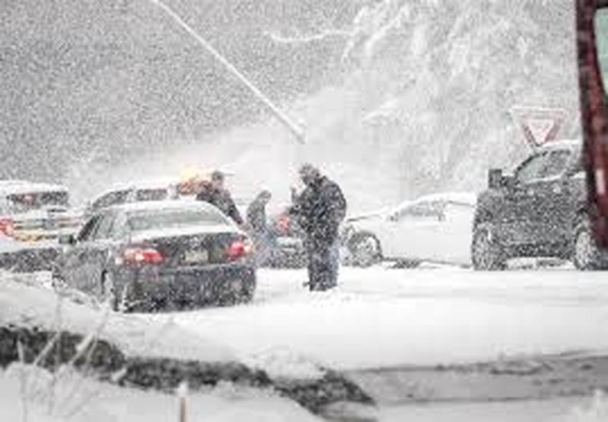 برف و کولاک  |  انسداد راه 192 روستا در قزوین بر اثر بارش برف و کولاک