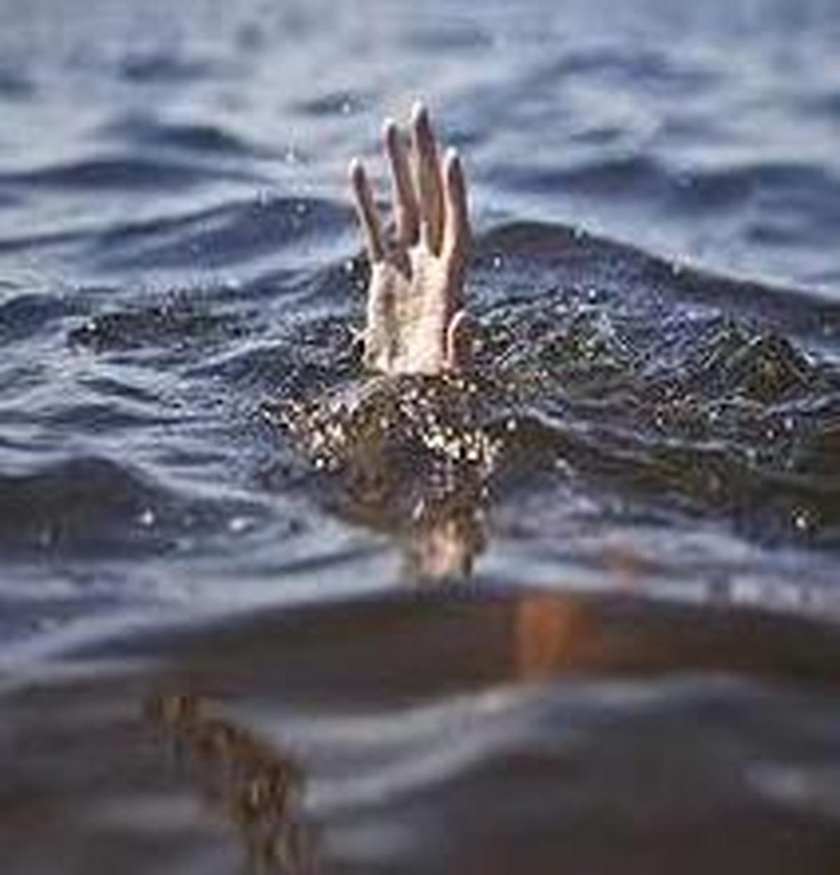 غرق شدن جوان ۲۴ ساله در رودخانه محلات