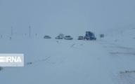 کولاک و برف سنگین ۶ جاده استان زنجان را بست