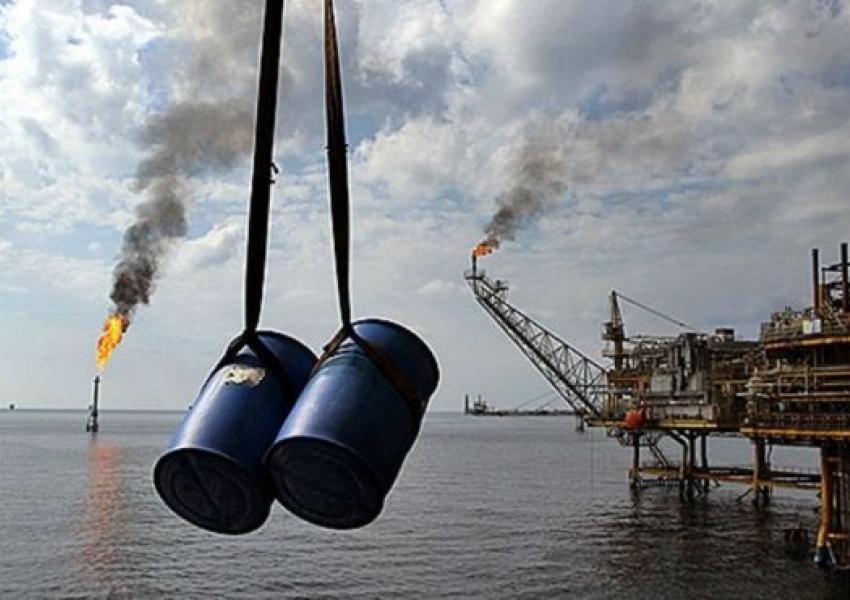 بازگشت نفت به قله ۴۰ دلار | فشار عربستان بر متخلفان اوپک پلاس قیمت نفت را صعودی کرد