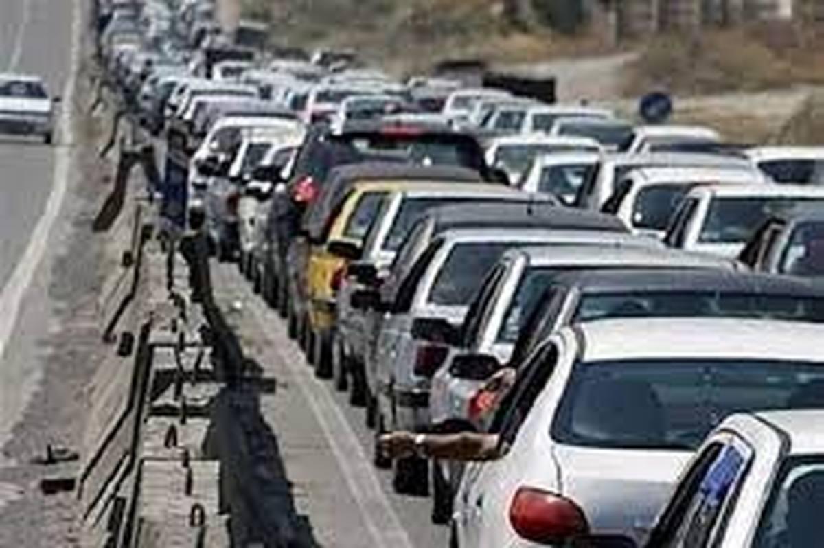 مسافران نوروزی  |  ورود خودروها به گیلان  سه برابر افزایش یافت
